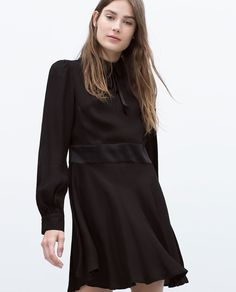 FLARED DRESS WITH COLLAR AND BOW-View all-Dresses-WOMAN   ZARA United Kingdom