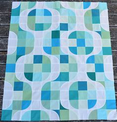 "Reminds  me of the Oregon Ducks ""O"" My son might get a quilt!!!   Mod Pop"