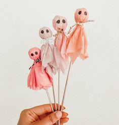 Halloween Crafts For Kids, Pink Halloween, Halloween Inspo, Theme Halloween, Halloween Birthday, Holidays Halloween, Halloween Treats, Fall Crafts, Holiday Crafts
