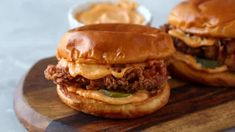 Spicy Mayo | Gimme Delicious Chicken Sandwich Recipes, Fried Chicken Sandwich, Crispy Chicken, Butter Chicken, Roasted Chicken, Grilled Chicken, Monte Cristo Sandwich, Pastrami Sandwich, Gourmet Sandwiches
