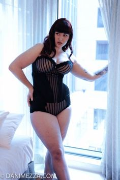 Plus Size Curvy Fashion Lingerie Model Teer Wayde