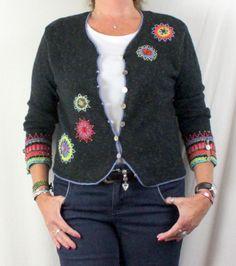 Cute Icelandic Design Sweater M size Gray Black Beaded Cardigan Linen Cotton