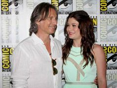 Robert Carlyle and Emilie de Ravin on 'Once Upon a Time' and Their Characters' Relationship