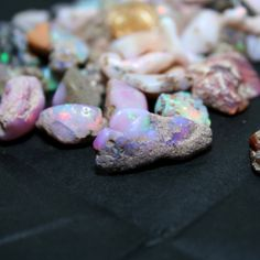 Ethiopian Welo Opal Rough 10 cts Pink Orange Honey Rainbow Fire Precious Gemstone October Birthstone