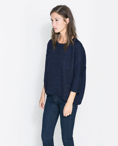 Image 1 de T-SHIRT À COL ROND de Zara