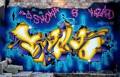 Neon #graffiti in Berlin. #typography