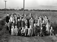 High-resolution vintage photo archive with thousands of HD images. Vintage Photographs, Vintage Photos, Dorothea Lange Photography, Shorpy Historical Photos, Soil Conservation, Tulare County, Farm Unit, Women In History, Local History
