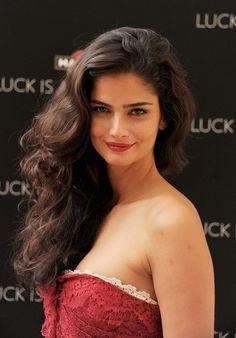 Shermine Shahrivar Long Curls