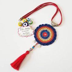 #takı  #aksesuar  #kinitting  #10marifet… #Herkese #iyi #bir  Herkese iyi bir hafta diliyorum.Bu kolyemin resmini buraya bırakıp siparişlerime devam ediyorum? Crochet Keychain Pattern, Crochet Bracelet, Crochet Earrings, Crochet Mandala, Freeform Crochet, Textile Jewelry, Fabric Jewelry, Jewellery, Diy Crafts Knitting