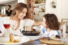How dinner in a restaurant can be a teachable moment for kids