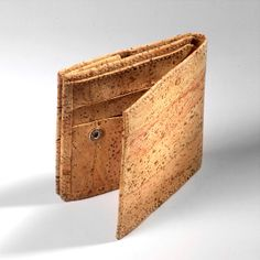 CORKDESIGN: Premium products made of Portuguese Cork (Bags, Wallets, Belts, Shoes, Accessories, Furniture, Merchandise, etc.)