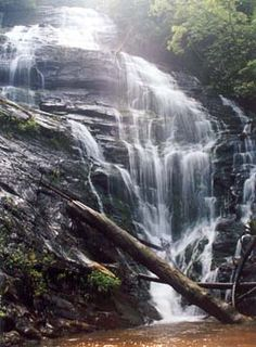 Kings Creek Falls near the Chattooga River.