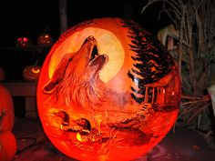 real pumpkin carving at Roger Williams Zoo in 2013