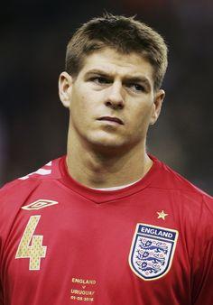 Steven Gerrard  www.supersoccersite.com