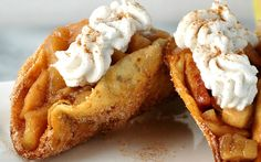 <p>These cinnamon apple dessert tacos are the kind of dessert you'd…
