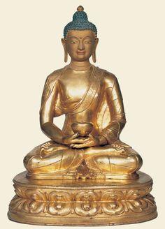 14th-15th-c-tibet-amitabha-gilt-cop-cold-g-pig-incised-hem-457-cm-labelled-amitayus-jokhang.jpg 647×900 pixels