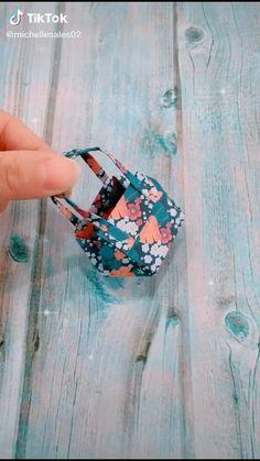 Paper Crafts Origami, Oragami, Diy Origami, Diy Paper, Diy Crafts For Girls, Easy Arts And Crafts, Diy Crafts Hacks, Finger Henna Designs, Diy Bracelets Patterns