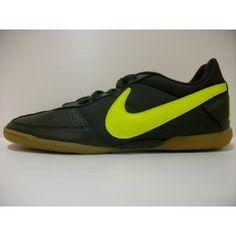 http://www.deportesmegasport.es/tienda/es/hombres/4108102-zapatilla-nike-davinho-hombre-in.html