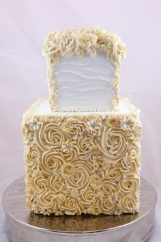 Piped Rose Wedding Cake