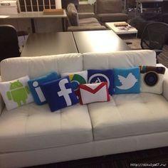 123 (564x564, 129Kb) Applique Pillows, Sewing Pillows, Movie Night Gift Basket, Pillow Inspiration, Craft Markets, Silk Pillow, Kids Pillows, Diy Home Crafts, Applique Designs