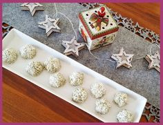 Die Backprinzessin: Keksebackzeit: Kokos-Kürbis-Häufchen Napkin Rings, Decor, Baking Cookies, Recipies, Decoration, Decorating, Napkin Holders, Deco