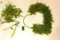 Wreaths, Diy, Home Decor, Christmas Decorations, Decoration Home, Door Wreaths, Bricolage, Room Decor, Do It Yourself