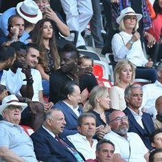 Mario Balotelli watches Nice vs Toyes La Liga football match (346777)