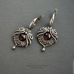Купить серебряные серьги с гранатом - серебряный, Серьги с гранатом, серьги с красным камнем, плетеные серьги
