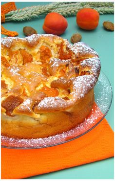"""APRICOT TREE """"Weight Watchers"""" A real treat this cake with these little apricots that melt in . Easy Healthy Recipes, Sweet Recipes, Olive Oil Cake, Bowl Cake, Ww Desserts, Food Fantasy, Anti Inflammatory Recipes, Sweet Pie, Batch Cooking"""