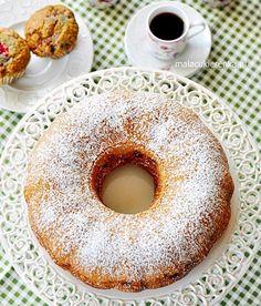 Babka z malinami Polish Recipes, Polish Food, Doughnut, Rum, Sweet, Pound Cakes, Cooking, Candy, Polish Food Recipes