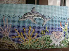 Painel em pastilhas de vidro instalado em loja de aquários no Shopping Vitória - ES Dimensões: 1,60m x 2,20m