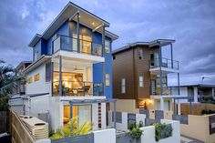 I'd love to have my loft built in this style. It's modern and has an incredible coastal feel to it.