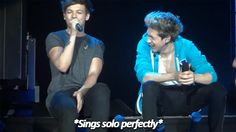 Image via We Heart It https://weheartit.com/entry/166171789 [animated] #1d #louistomlinson #onedirection