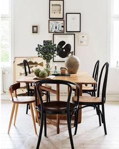 mismatched dining chairs in an eclectic dining room Woven Dining Chairs, Mismatched Dining Chairs, Bentwood Chairs, Dining Area, Eclectic Dining Chairs, Outdoor Dining, Wooden Chairs, Dining Tables, Side Tables