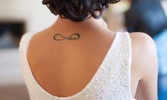 Tatouage infini – un inkage symbolique pour graver l'éternité sur la peau