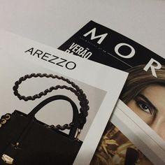 Um pouco de inspiração é sempre bem vindo... Com certeza ver isso faz nossa alma criativa se aprimorar... #inspiration #inspiracao #creative #design #minimalista #minimalist #minimal #editorial #branding #morana #arezzo #cesarebrand