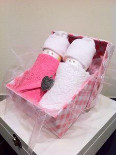 LuierPopjes in doosje, Kraamcadeau meisje €9,95 Info: http://joleenskraamcadeaus.wix.com/kraamcadeau#!product/prd1/1650937485/luierpopjes-in-doosje