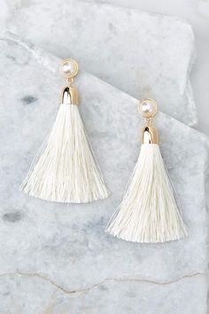 Gorgeous White And Gold Earrings - Tassel Earrings White Tassel Earrings, Tiny Stud Earrings, Simple Earrings, Tourmaline Earrings, Emerald Earrings, Crystal Earrings, Beaded Earrings, Star Jewelry, Trendy Jewelry