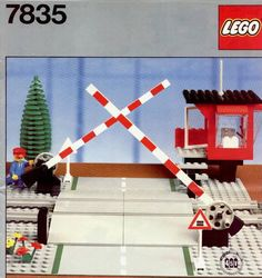 Lego City / Trains: 7835 Road Crossing (1985)