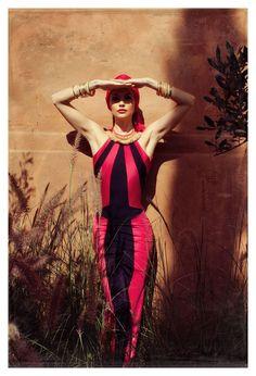 Диляна Попова с екзотична фотосесия