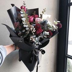 #vanessflower 특별한날 엄마에게 드릴 꽃다발을 찾았다 . #출근길#폭풍검색#바네사플라워#꽃다발#엄마선물