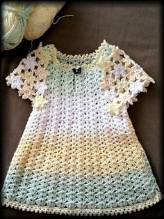 BUTTERFLY: Cute Dress for The Princess with Flower Motifs