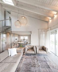 Home Living Room, Living Area, Living Room Designs, Living Room Decor, Living Spaces, Small Living, Modern Living, Casa Loft, Home Interior Design