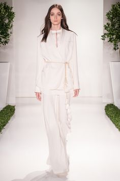 http://www.vogue.com/fashion-shows/spring-2016-ready-to-wear/rachel-zoe/slideshow/collection