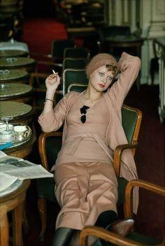 Fashion for Vogue Paris, 1971. Photo by Frank Horvat.