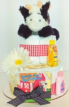 Diaper Cake. Baby Shower Diaper Cake. Stuffed by DiaperCakesbyRuby