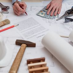 Steven Thompson from RICS explains some of the different contract types available that you might need for your self build.