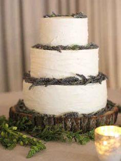 Rustic Wedding Cake With Fresh Lavender | http://trib.al/paaprHj