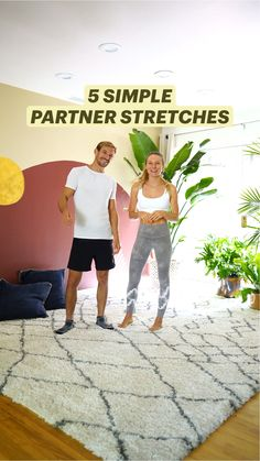 Partner Stretches, Partner Yoga Poses, Wellness Fitness, Yoga Fitness, Teen Workout Plan, Acro Yoga Poses, Team Building Exercises, Yoga For Flexibility, Yoga Poses For Beginners