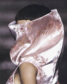 alexander mcqueen ss97 Was at this Show a memory that will last a life time.